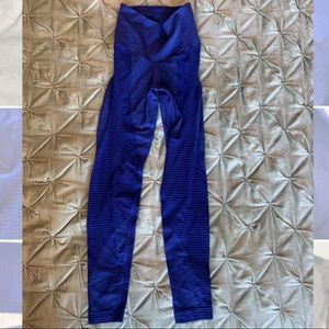 Nike. Size small tights. Gently used. blue.